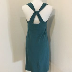 Title IX Med Green Fitted Sleeveless Dress